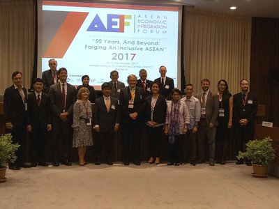 Forum participants with Sufian Jusoh and Christian Häberli pictured front centre    © AIEF